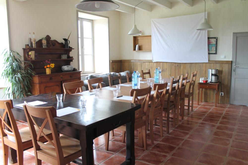 Salle de réunion aux Roches d'Artense